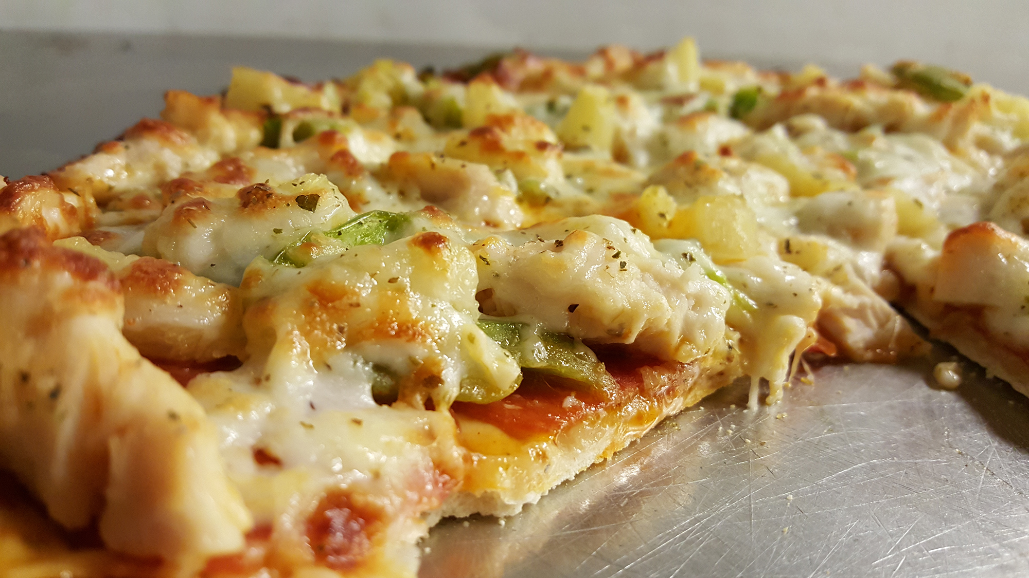 Maui Wowie Pizza